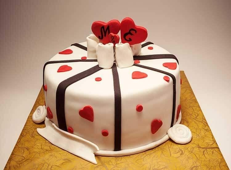 5 Tips to Follow While Ordering Cakes Online